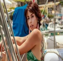 Larissa maxine pelada em cenas quentes de sexo na série stella models