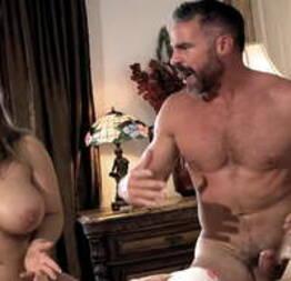 Marido complicado fazendo sexo com a esposa e uma universitária - Kenzie Reeves e Natasha Nice - Condor Online