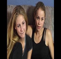 Sexo lésbico de duas loiras gostosas