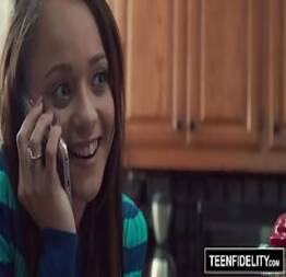 TEENFIDELITY - Holly Hendrix Trades Anal Sex To Get Pregnant - TEEN PORN