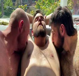 Gay transando ao sol da tarde - Log Novinhas