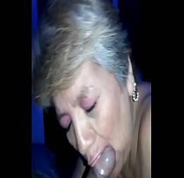 Puta madura viciada em sexo   Mulheres Maduras  madura